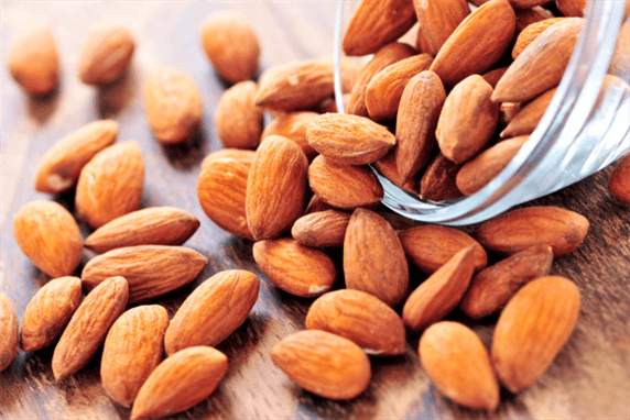 Almonds May Reduce The Risk of Heart Disease in Diabetes