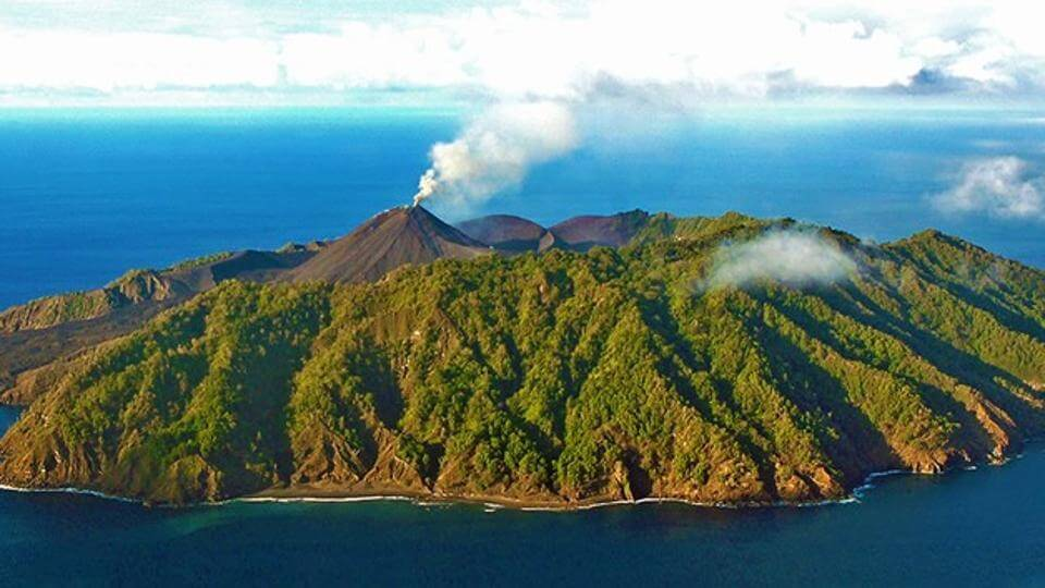 Barren Island Volcano-India's Only Live Volcano Became Active Since January