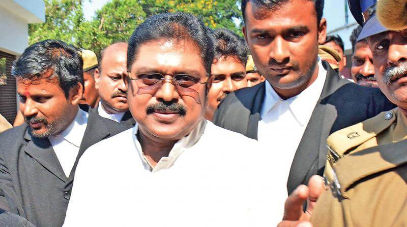 Delhi Cops To Swoop Down On Dhinakaran Home, Issue Summons In Bribery Case