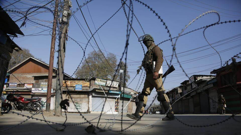Broadband Internet Services To Be Restored In Kashmir, EC Announces Repolling In 38 Stations On April 13