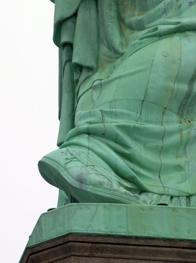 What Does Statue Of Liberty Represent News Bugz