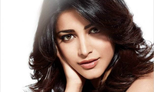 Shruthi Haasan Walks Out From Sangamithra