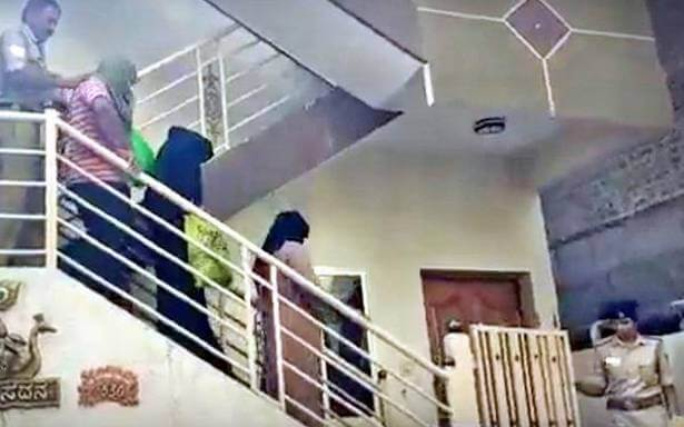 Bengaluru Police arrested four Individuals with three Pakistan Citizens