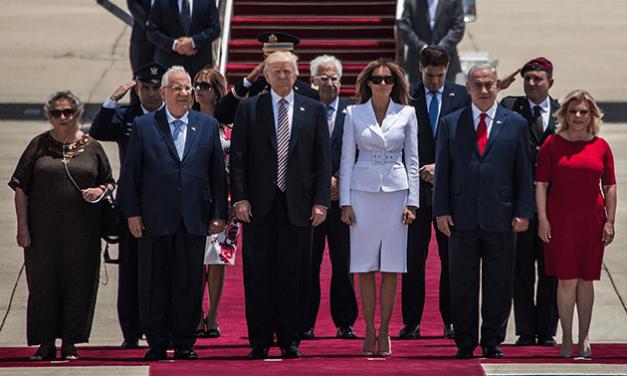 Melania Trump slaps away Donald Trump's Hand in Front of Social Media at Start of Israel trip