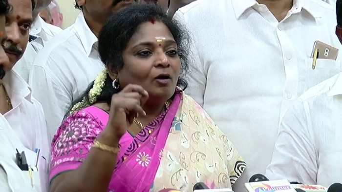 BJP leader Tamilisai Soundararajan had stated that the scenes should be removed as they are against the central government