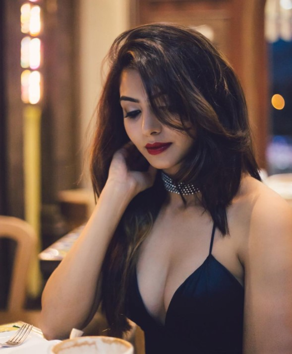 Akshata Sonawane (Splitsvilla 10) Biography