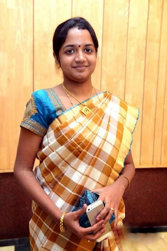 Sivakarthikeyan Wife Aarthi Doss Wiki, Biography, Family ...