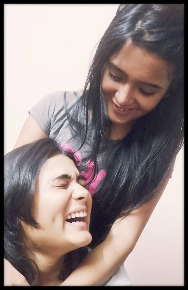 Shalini with her friend | Shalini Pandey Wiki