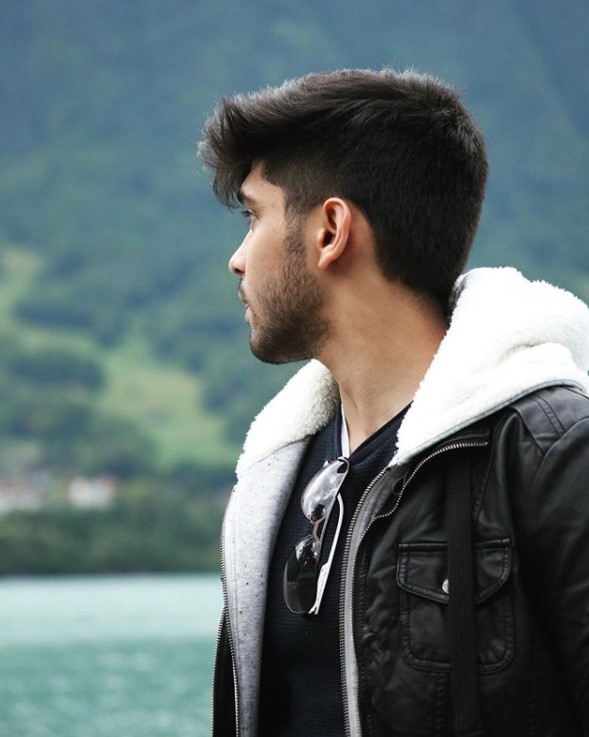 Dhruv Vikram Wiki, Biography, Age, Career, Movies