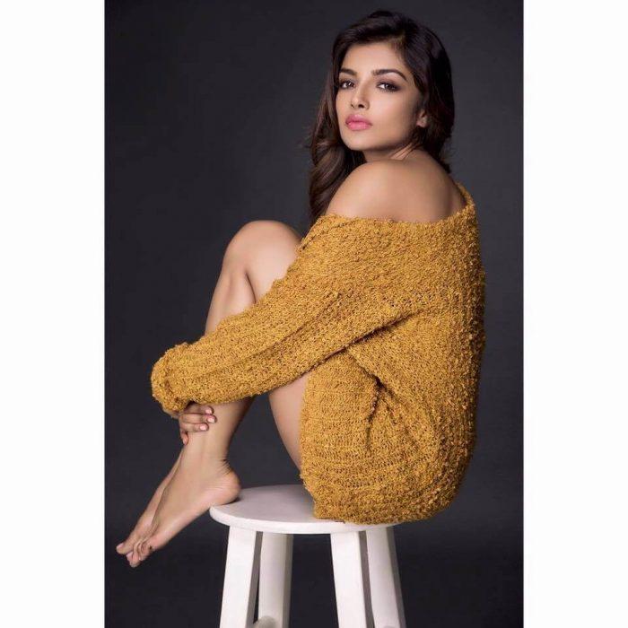 Ashna Zaveri Profile