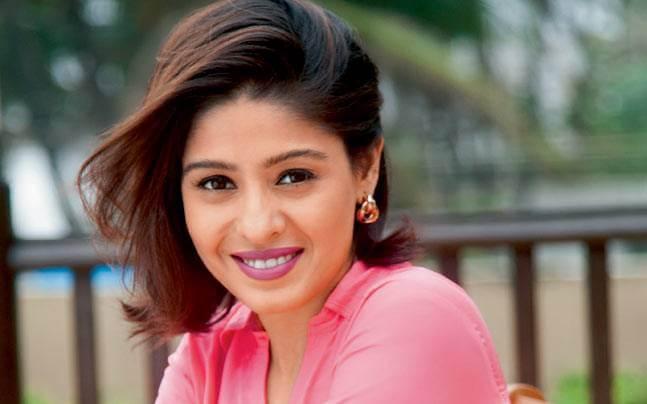Singer Sunidhi Chauhan Wiki