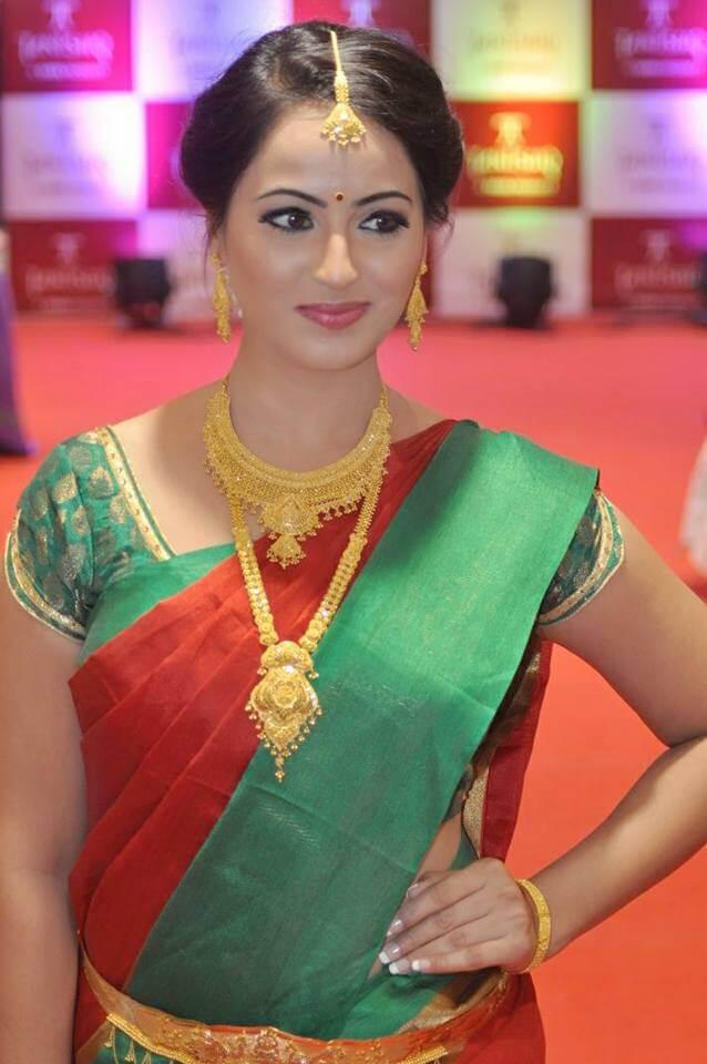 Mounika Devi Wiki, Biography, Avalum Naanum serial, Age