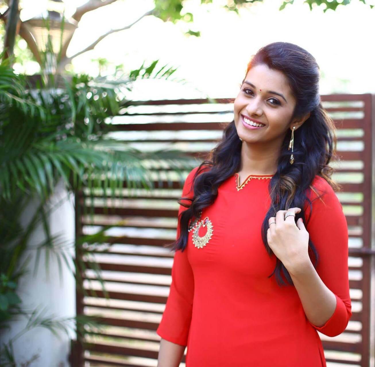 Kollywood Actress Priya Bhavani Shankar Latest Hd Photos: Priya Bhavani Shankar Images