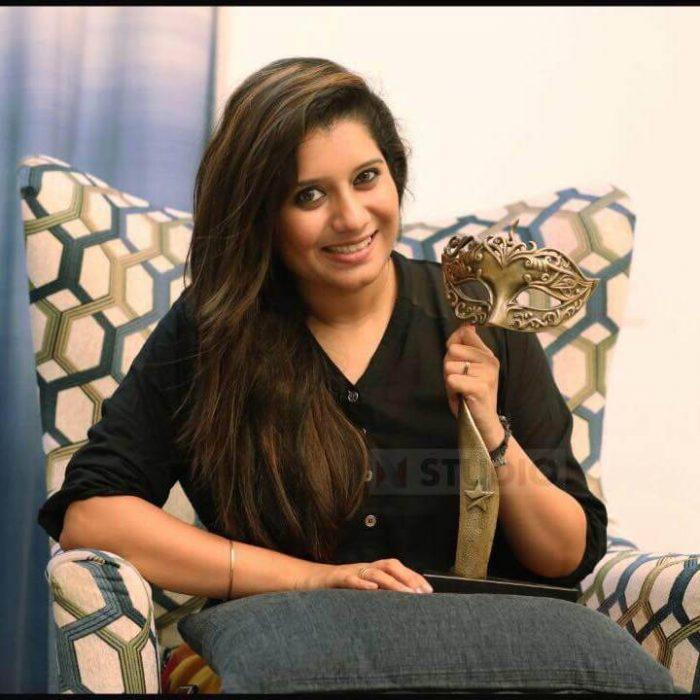 Priyanka Deshpande Images