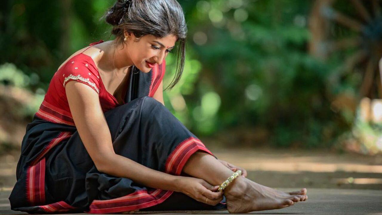 Roshni Prakash Wiki, Biography, Age, Profile, Husband, Movies, Images And  More - News Bugz