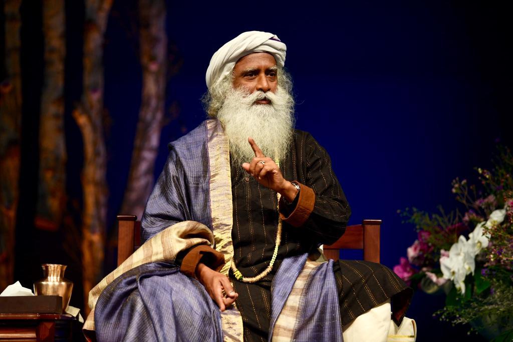 Sadhguru Jaggi Vasudev Wiki, Biography, Age, Isha Yoga, History, Wife, Images