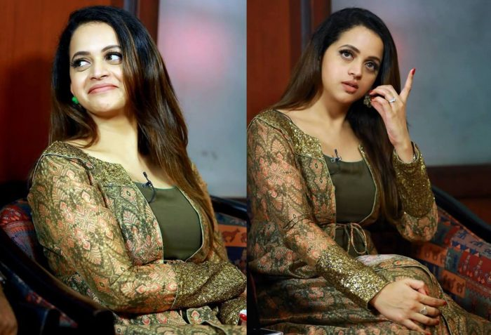 Bhavana wiki biography age photos husband movies news bugz bhavana hd wallpapers thecheapjerseys Images