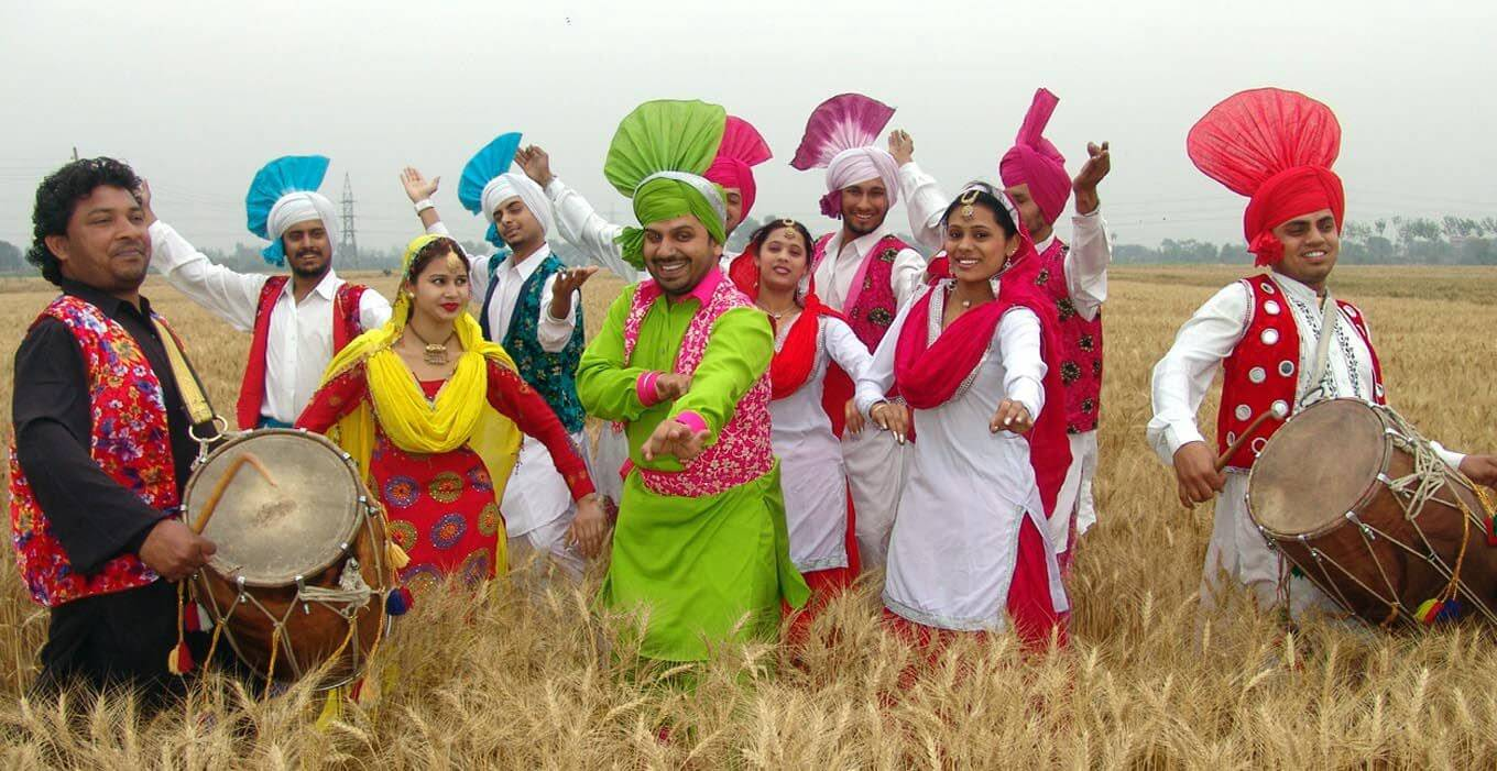 essay on baisakhi festival Short essay on vasakhi festival in punjabi short essay on baisakhi festival in hindi leave a reply cancel reply subscribe us enter your email address to subscribe.