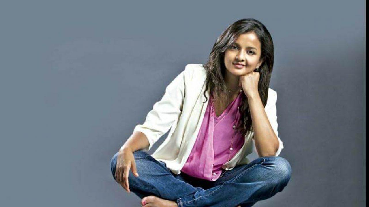 Kiruthiga Udhayanidhi Wiki, Biography, Age, Movies, Images - News Bugz