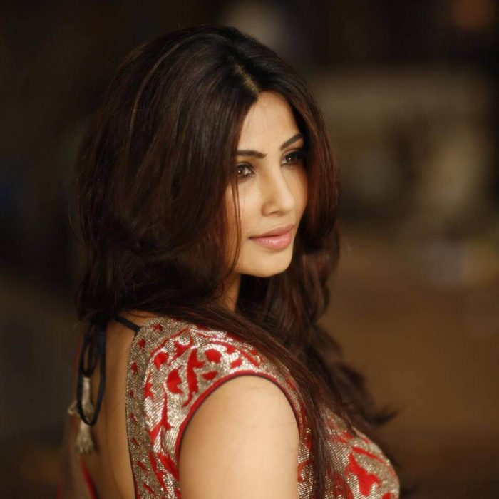 Daisy Shah Wiki, Biography, Age, Height, Movies, Images