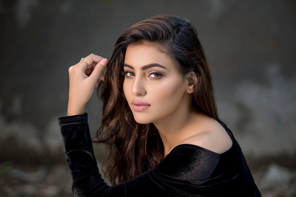 Ginni Kapoor wiki