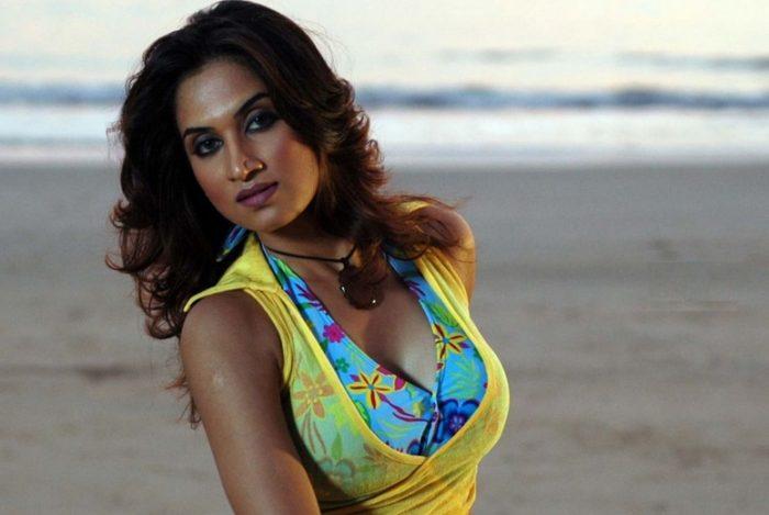 Smita Gondkar | Bigg Boss Marathi Vote