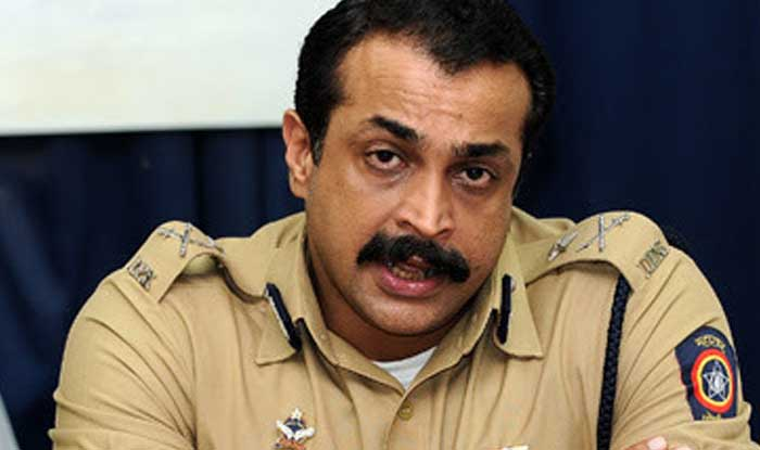 ips himanshu roy shot himself on his head and commits