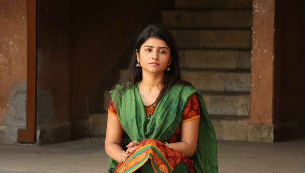 Ashmitha Subramaniyam Images