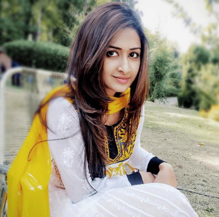 Farnaz Shetty Wiki