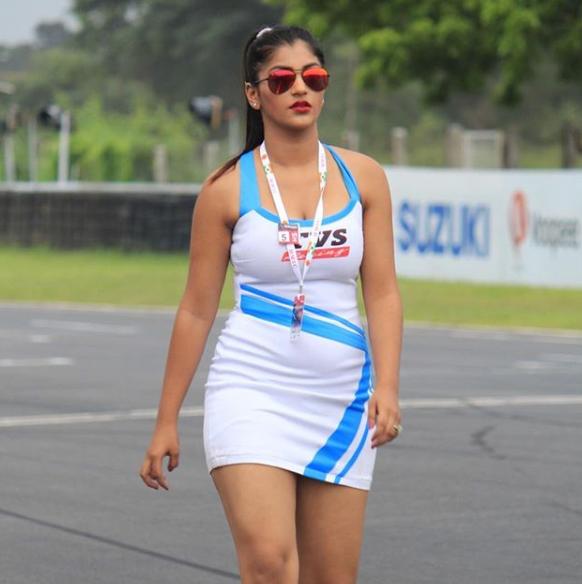 Yashika Anand Hot Photo Gallery