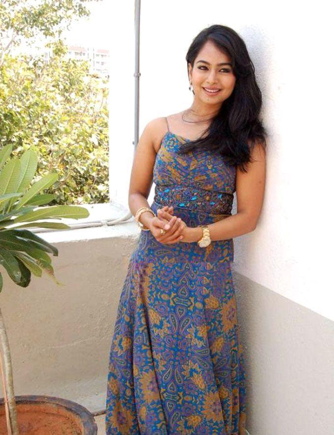 Actress Kalyani (Poornitha) Images