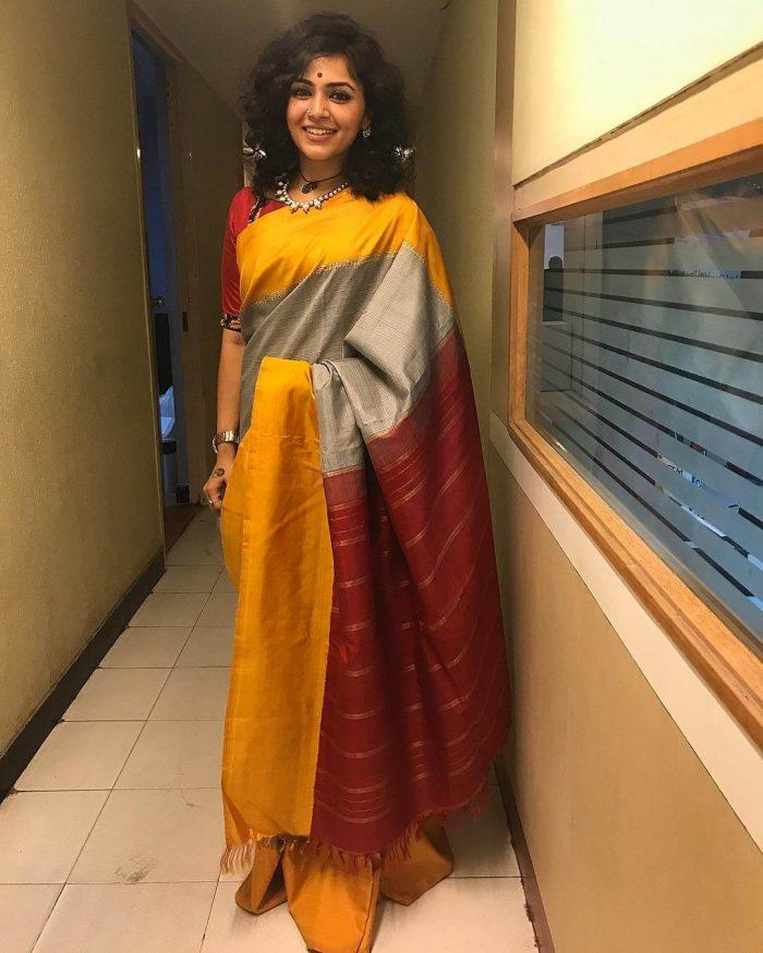 Maalavika Sundar (Malavika) Biography, Wiki, Age, Songs, Family, Images...