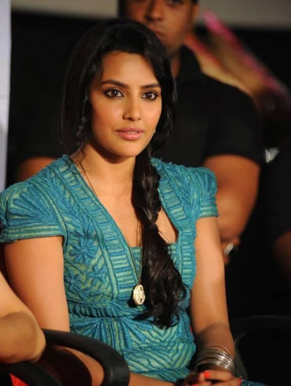 Priya Anand Wiki