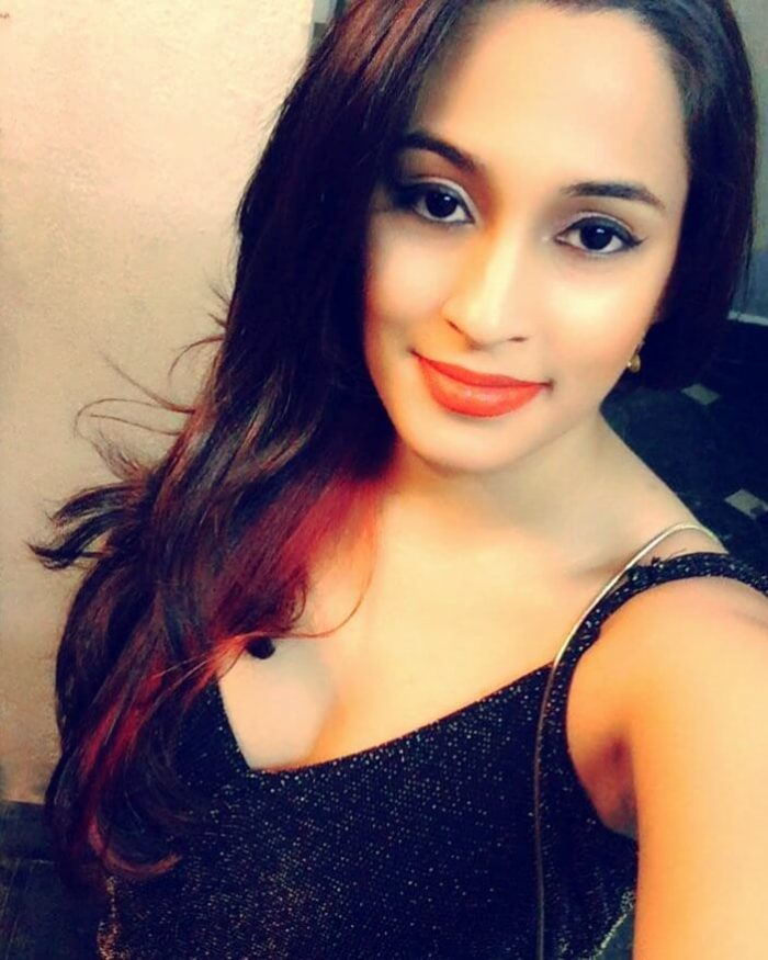 *Exclusive Interview* with Shweta Pandit: From Five to Fire!