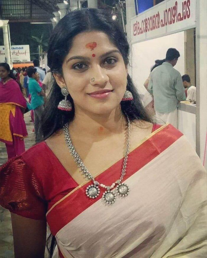 Swasika Vijay Wiki
