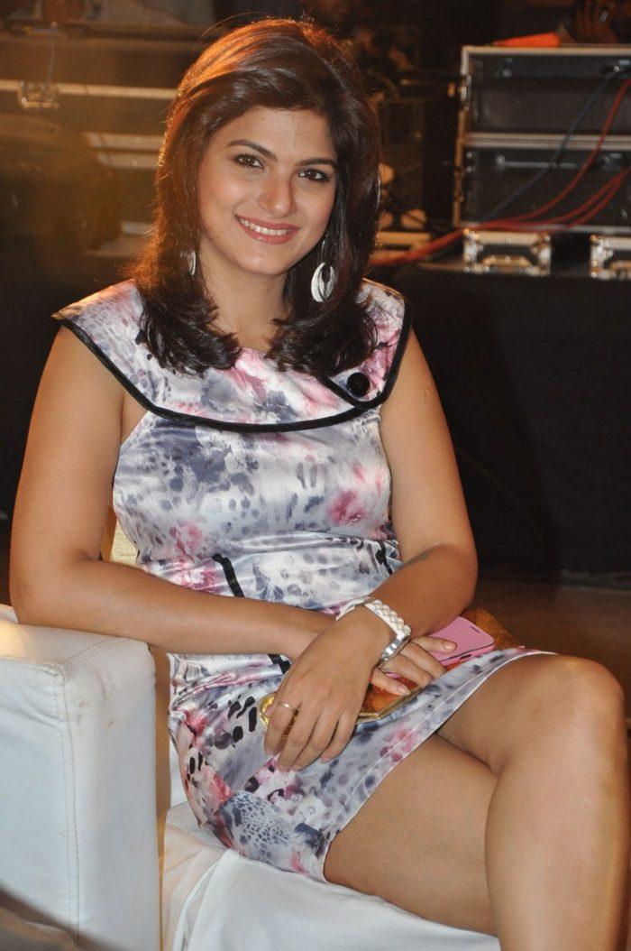 Actress Tharika Wiki