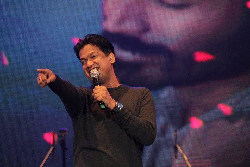 Singer Vijay Prakash Wiki, Biography, Age, Songs, Images