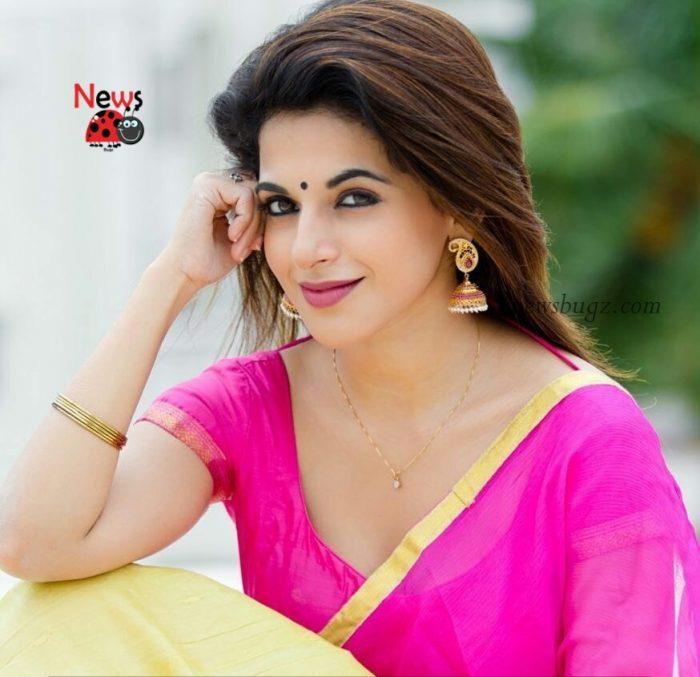 Iswarya Menon Images