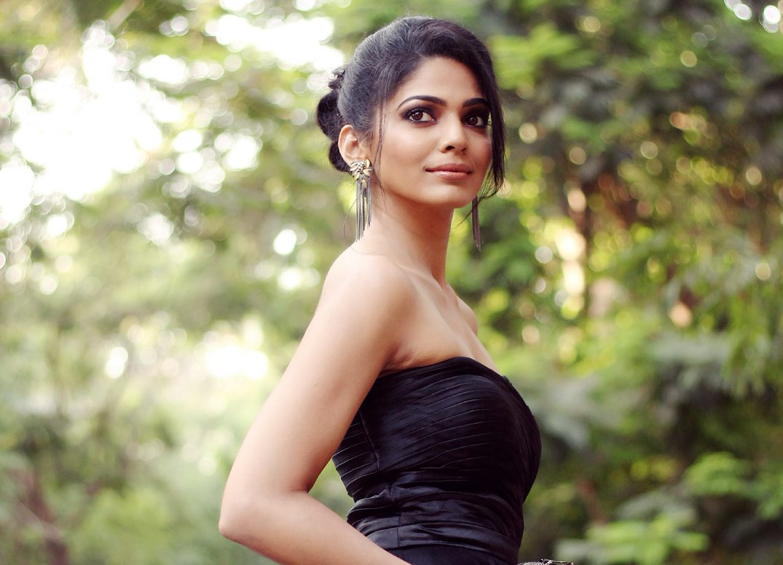 Pooja Sawant Images