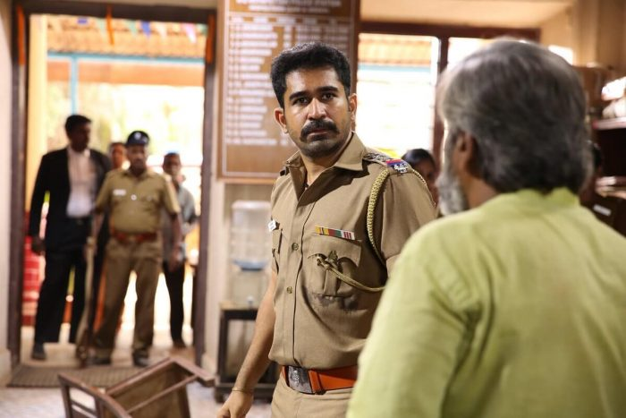 Thimiru Pudichavan Movie Stills