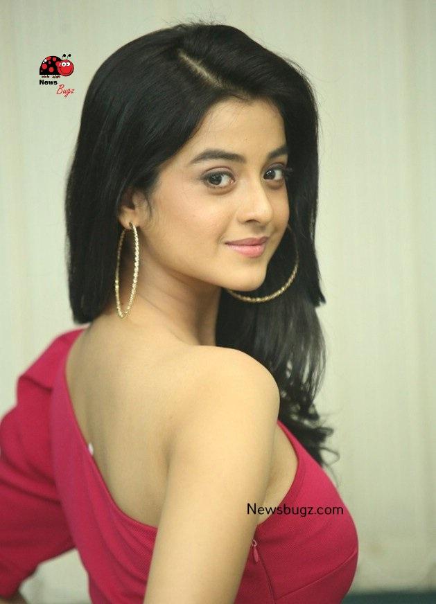 Darshana Banik Images