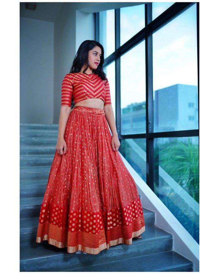 Mirnalini Ravi Images