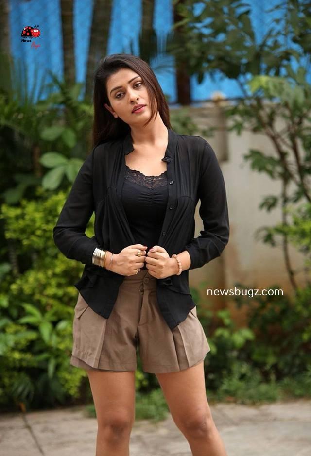 Payal Rajput Images