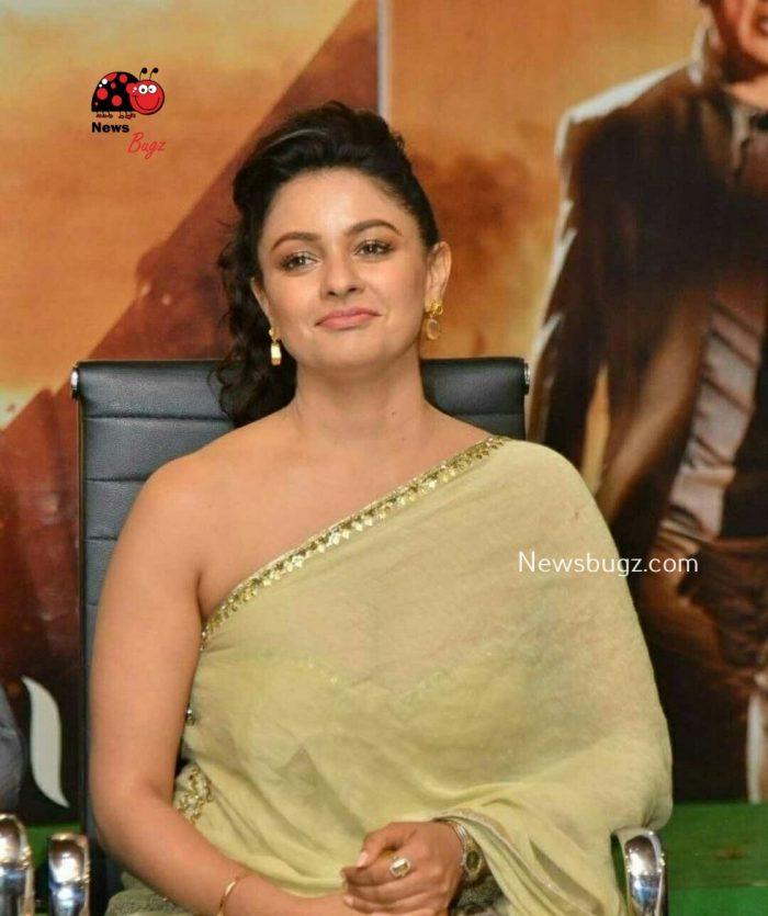 Pooja Kumar Images