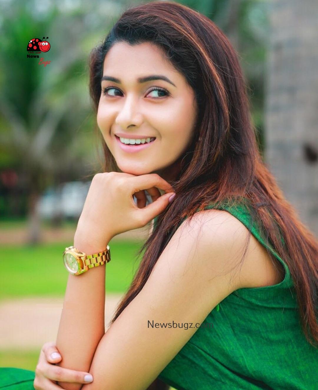 Kollywood Actress Priya Bhavani Shankar Latest Hd Photos: Priya Bhavani Shankar Images (15)