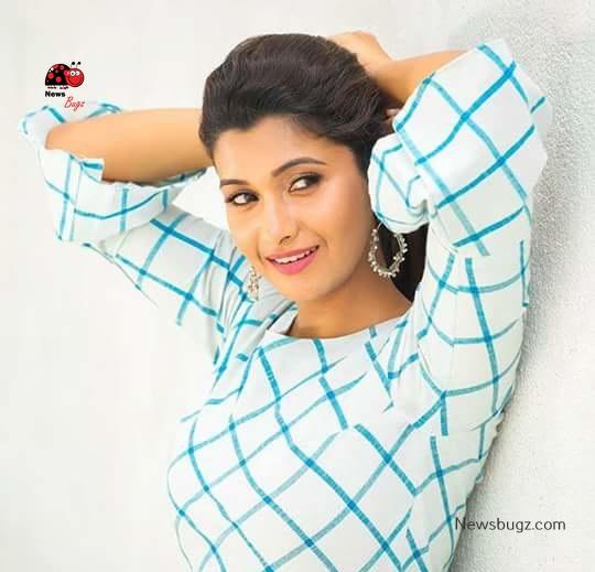 Priya Bhavani Shankar Images, HD Photos, Wallpapers