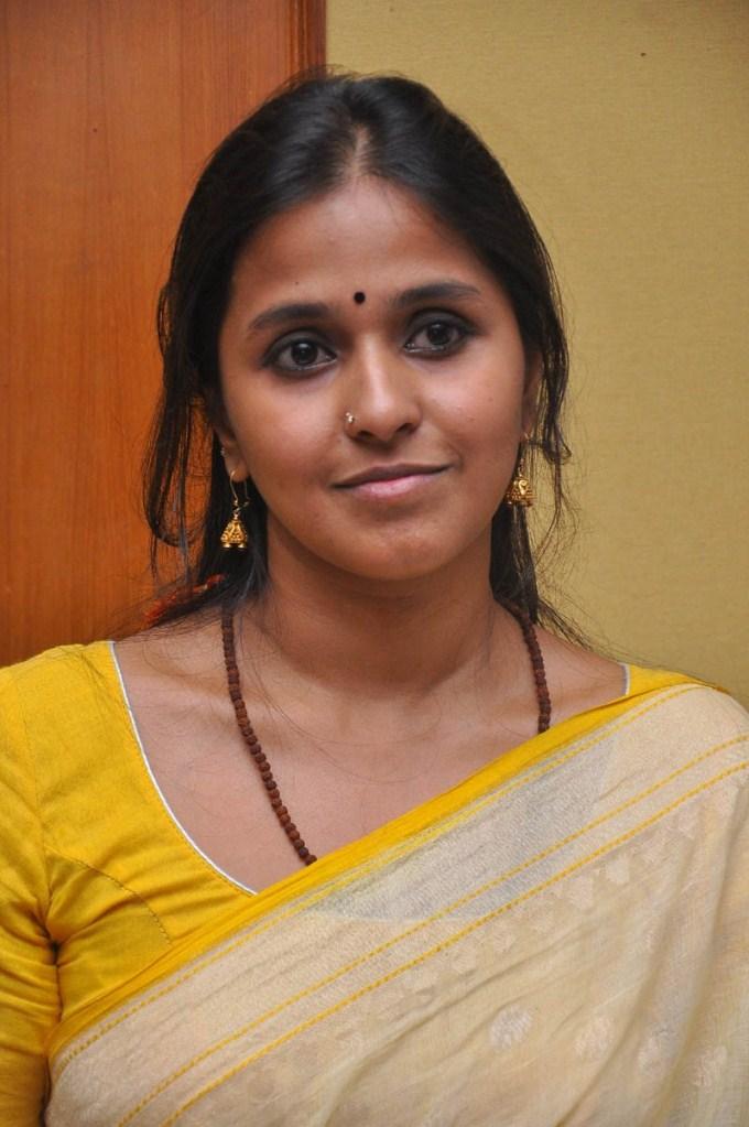 Singer Smita Wiki