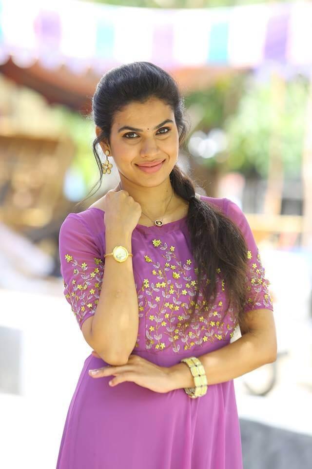 Tamil movie ka ka ka po item song shooting spot hot video - 1 10