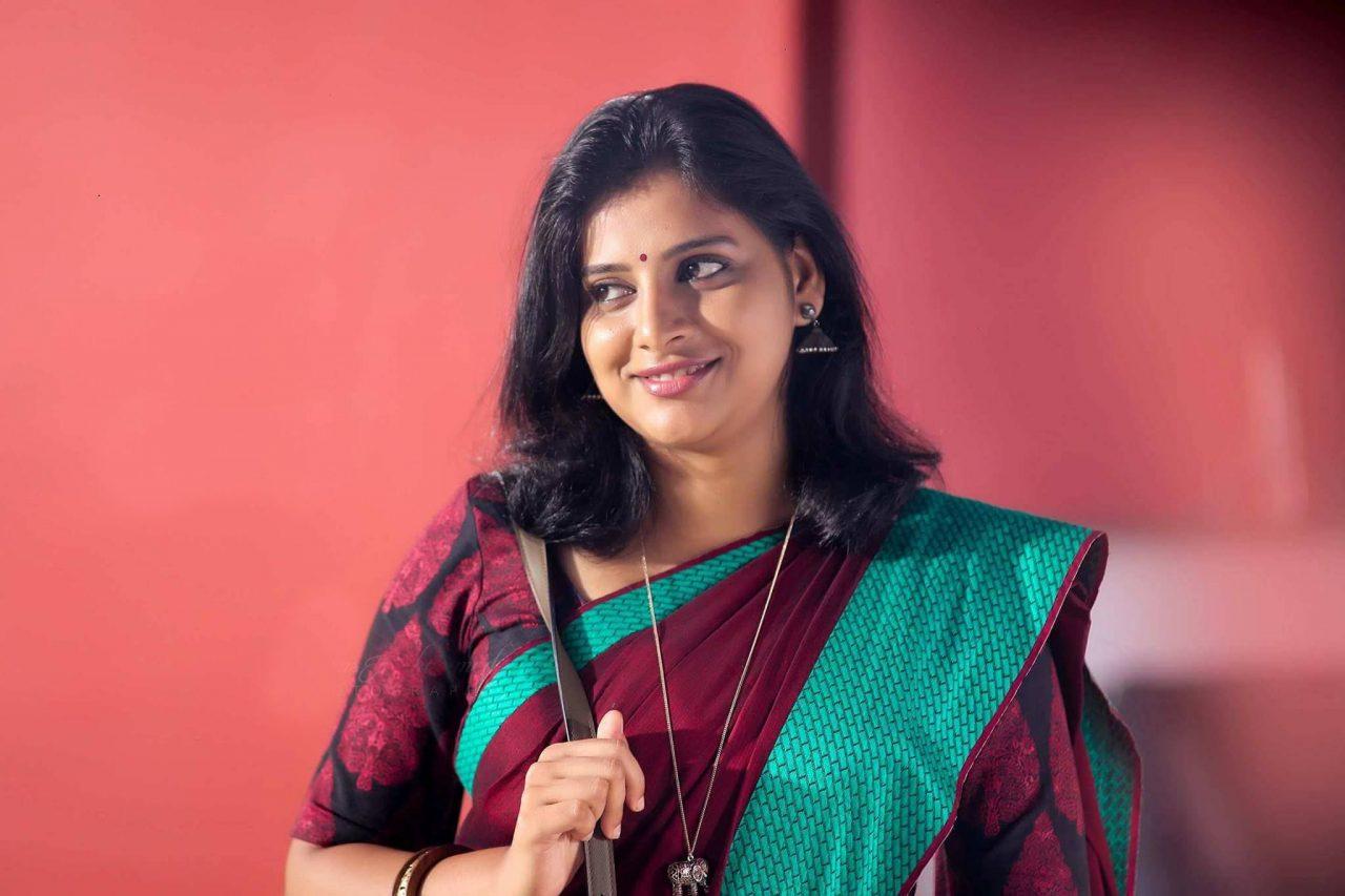 Anna Reshma Rajan Wiki, Biography, Age, Movies, Family