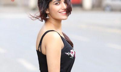 Ruhani Sharma Images